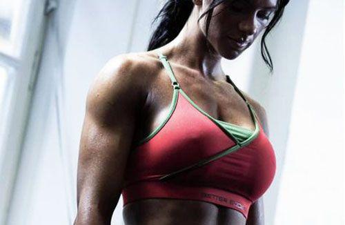 Качаем грудь в домашних условиях - простые упражнения