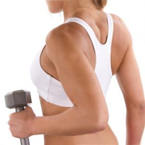 Упражнения с гантелями на трицепс