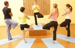 Йога помогает развить координацию движений