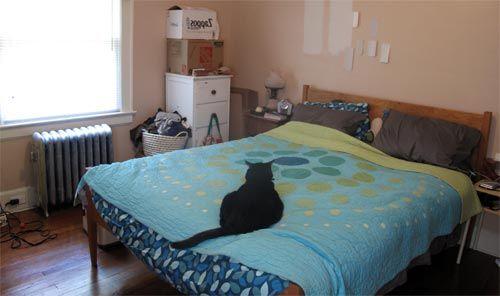 Спальня уютная для кота