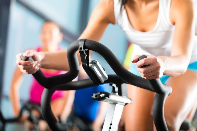 Велотренажер помогает похудеть