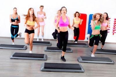 Занятия степом в фитнес клубе