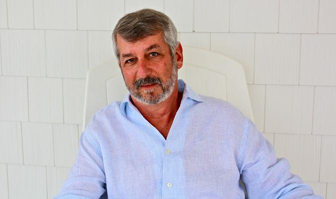 Стивен Баррер