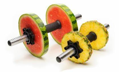 Гантели из фруктов