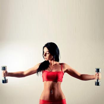 Упражнения с гантелями для женщин